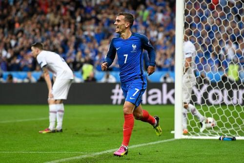 The victory lifted the hosts to the top of their Euro 2020 qualification table