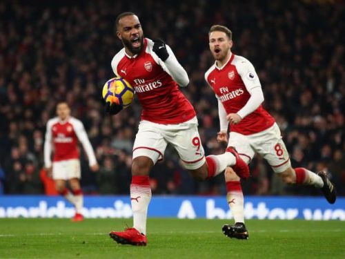 Arsenal have won 2 of their last 3 home games against Manchester United