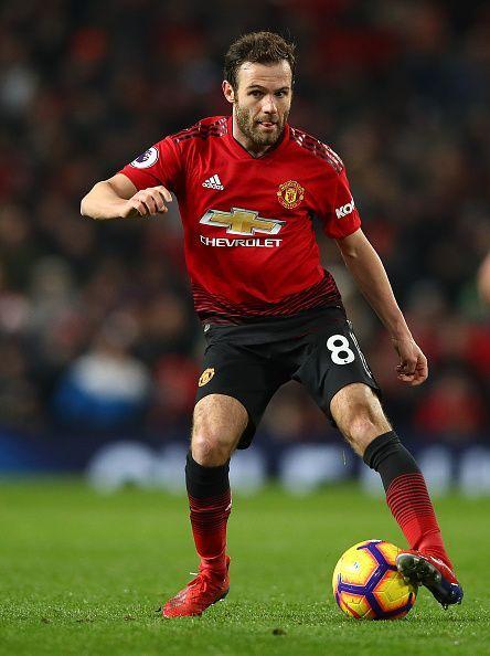 Mata adalah salah satu dari banyak pemain Manchester United yang cedera