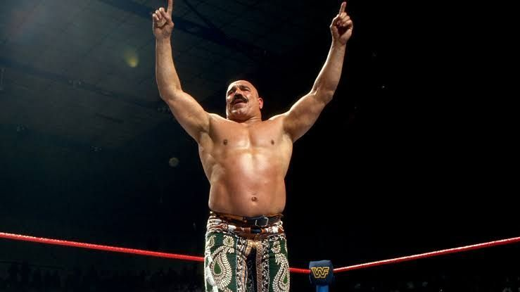 The Iron Sheikh served as a transitional champion back in the 1980s!