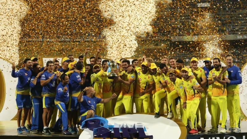The entire CSK squad after winning the 2018 IPL