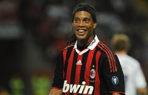 Ronaldinho is one of the greatest free kick takers in history