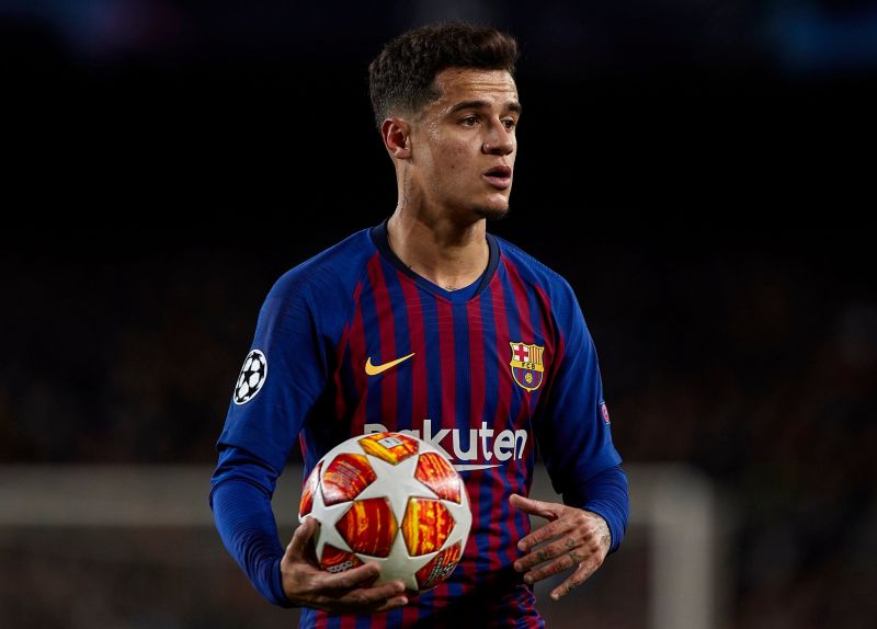 Phillippe Coutinho with the ball