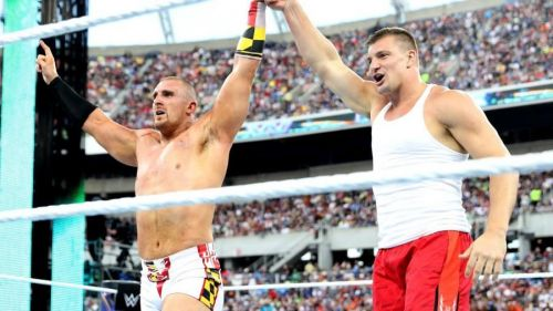 Mojo Rawley last eliminated Jinder Mahal with the help of NFL star Rob Gronkowski in 2017.