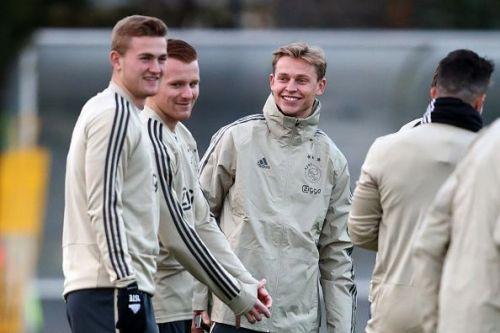 The Ajax team in training