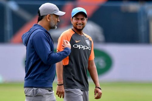 MS Dhoni and Kuldeep Yadav