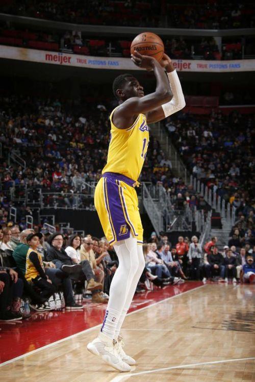 Lakers' Isaac Bonga taking a 3-pointer attempt vs Detroit Pistons