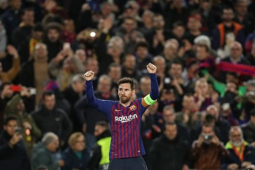 Messi's Barcelona faces Manchester United