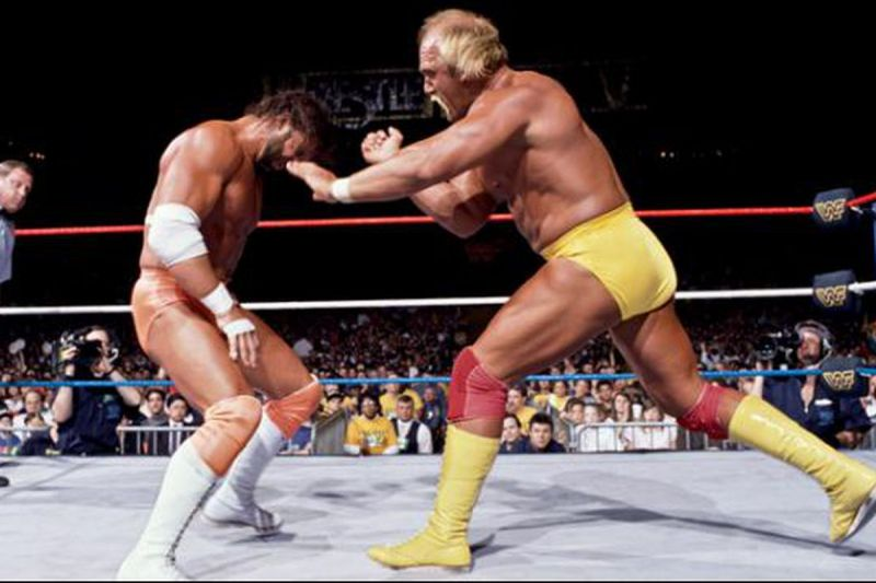 Hulk Hogan takes on Macho Man Randy Savage at Wrestlemania V