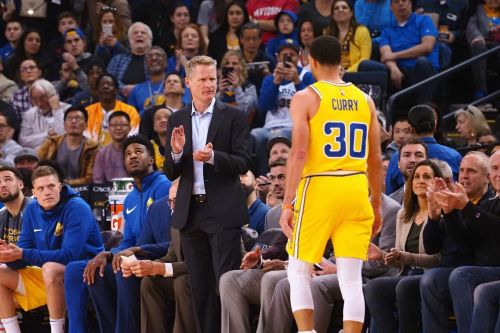 Stephen Curry failed to perform against the Suns