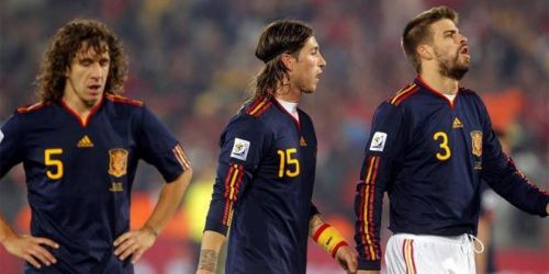 Carlos Puyol had played with both Ramos and Pique for the Spanish National team