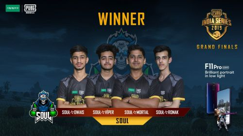 Team Soul (Mortal at second to the right)