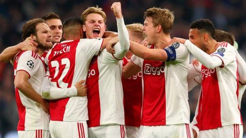 Ajax need to close a 5-point gap from PSV Eindhoven with 8 games to go in the Eredivisie 2018-19.