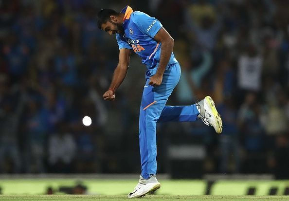 Vijay produced a brilliantfinal over when Australia needed just 11 runs. India had won the matc h