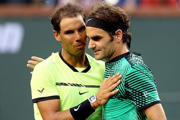 Rafael Nadal (L) and Roger Federer