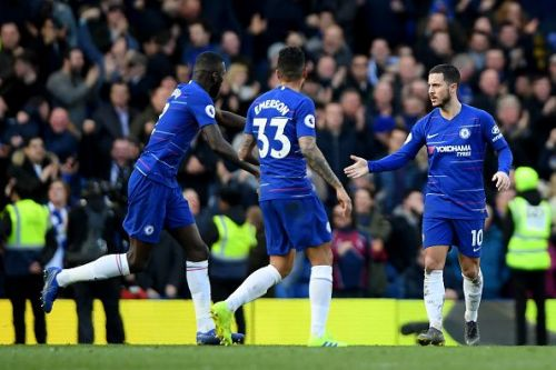 Chelsea players celebrate after Eden Hazard's equalizer against Wolves (Source - Getty Images)