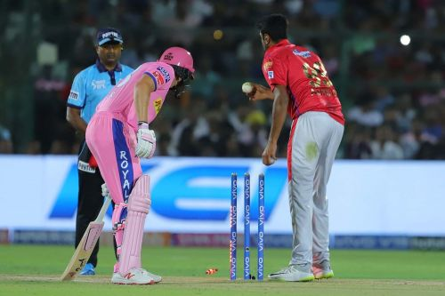 The Mankading incident involving Buttler and Ashwin (picture courtesy: BCCI/iplt20.com)
