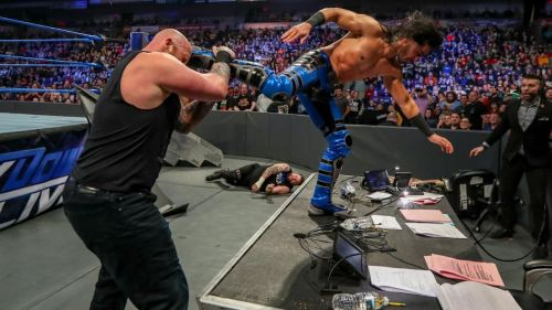 A returning Ali crashed Kevin Owens' bout to even the odds during the show