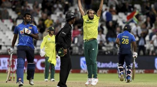 Sri Lanka and South Africa involved in the 12th tied match