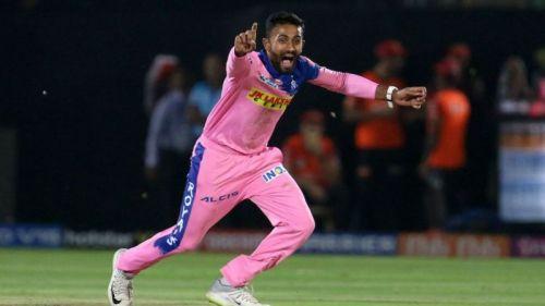 Gopal dismissed Kohli and de Villiers in quick succession.