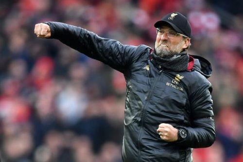 Jurgen Klopp celebraing Salah's goal against Chelsea