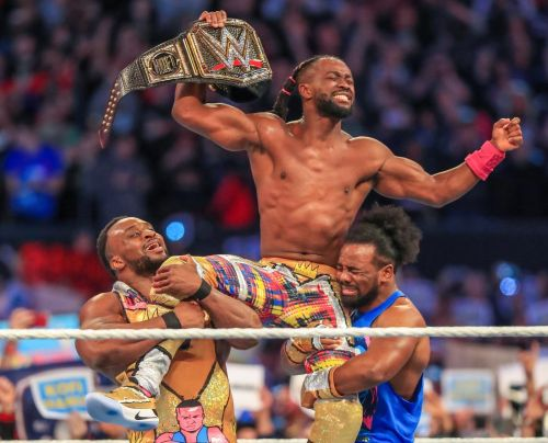 Kofi Kingston becomes the WWE Champion for the first time