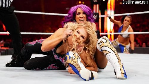 The Boss 'n' Hug Connection failed to retain the WWE Women's Tag Team Titles at WrestleMania 35