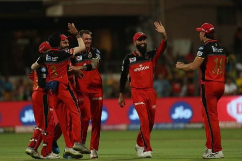 RCB, celebrating a wicket in the game against CSK (picture courtesy: BCCI/iplt20.com)