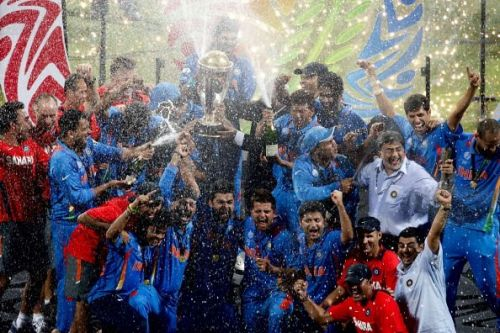 India lift the 2011 World Cup trophy