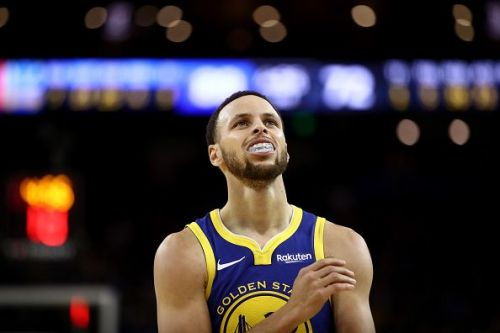 A huge responsibility rests on Curry's shoulders to lead the Warriors to their first three-peat