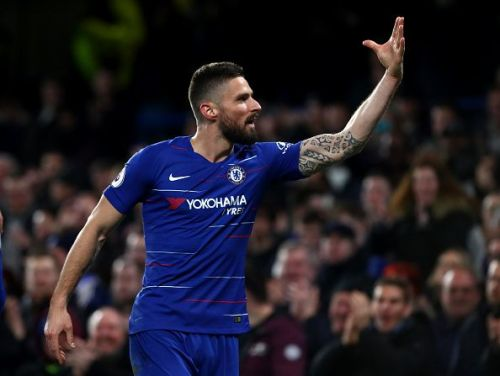 Chelsea boss, Maurizio Sarri, expects Giroud to stay for another year