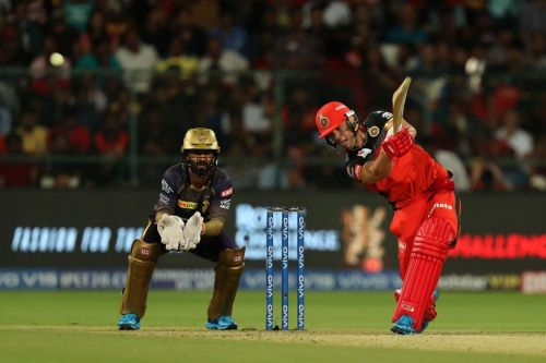 ABD dispatches the ball for a boundary. (Image Courtesy: IPLT20)