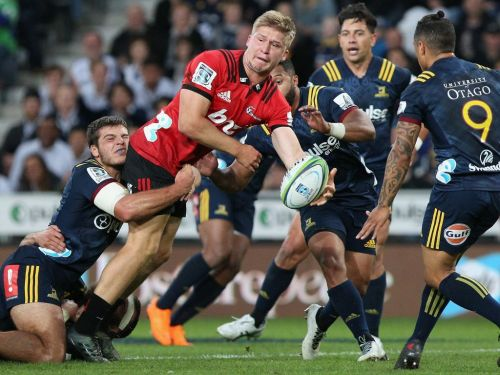 Jack Goodhue in action against the Highlanders in 2018