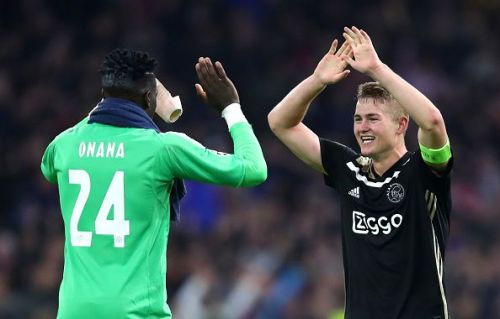 De Ligt in action against Benfica in the Champions League