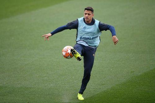 Alexis Sanchez- Manchester United