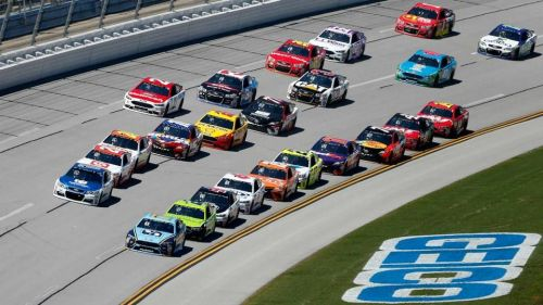 .NASCAR returns to the high banks of Talladega