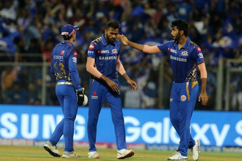 The Mumbai Indians players (image courtesy: BCCI/iplt20.com)