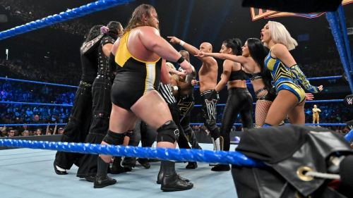 Why was a multi-person mixed match set up?