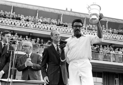 Clive Lloyd with the World Cup 1975 trophy