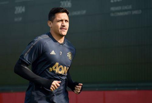 Alexis Sanchez returns after injury