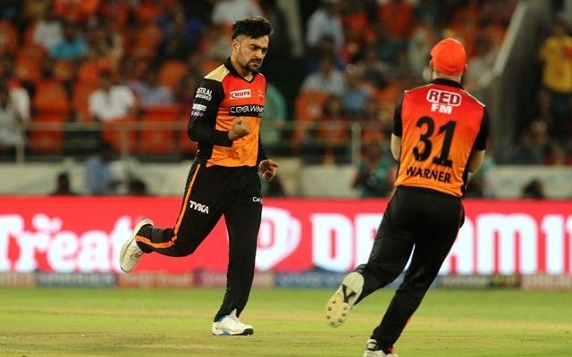 Rashid Khan in action (Picture courtesy: BCCI / iplt20.com)