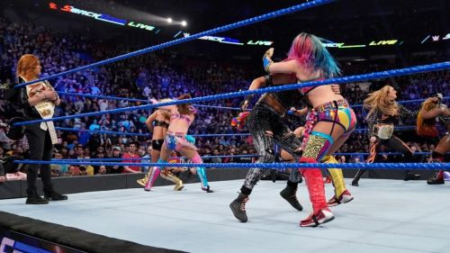 Paige just upset the entire SmackDown Women's locker room