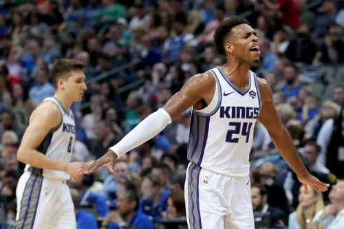 Sacramento Kings faced the Houston Rockets at home