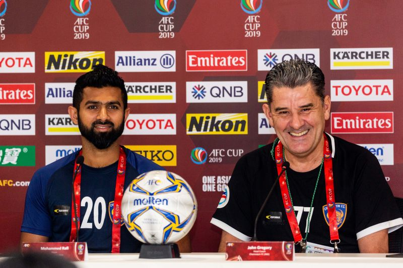 Chennaiyin coach John Gregory (right) with forward Mohammed Rafi at the pre-match press conference