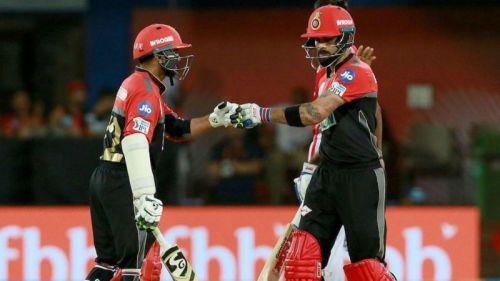 4 मैच बाद भी आरसीबी का एक बल्लेबाजी क्रम तय नही