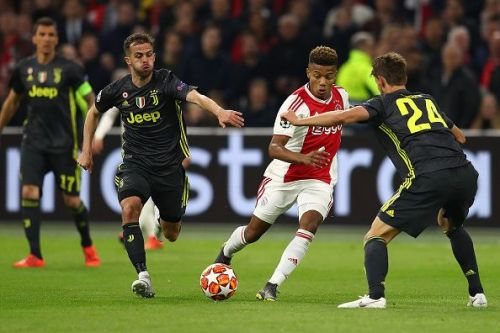 Neres wasn't even under pressure when he scored the goal right after half-time
