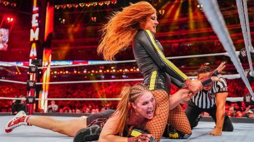 Ronda Rousey may have been injured at WrestleMania