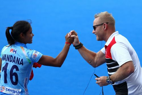 Vandana thanks Sjoerd Marijne for keeping her motivated at all times