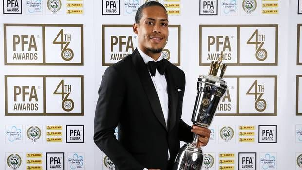 Virgil Van Dijk with the Player of The Year Award