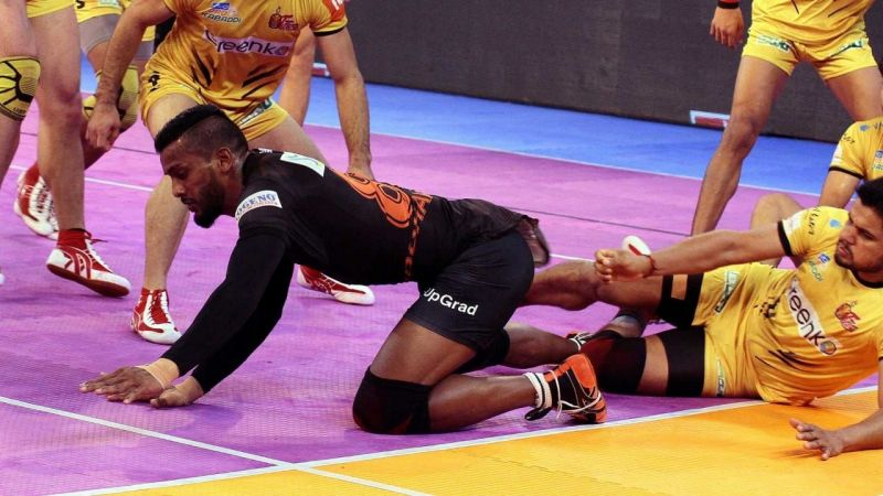 How will Siddharth Desai continue to play despite having injury concerns ahead of Season 7?